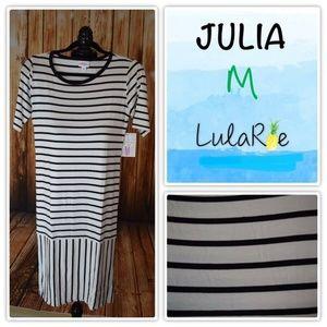 LulaRoe Julia Black White Striped Pattern Medium